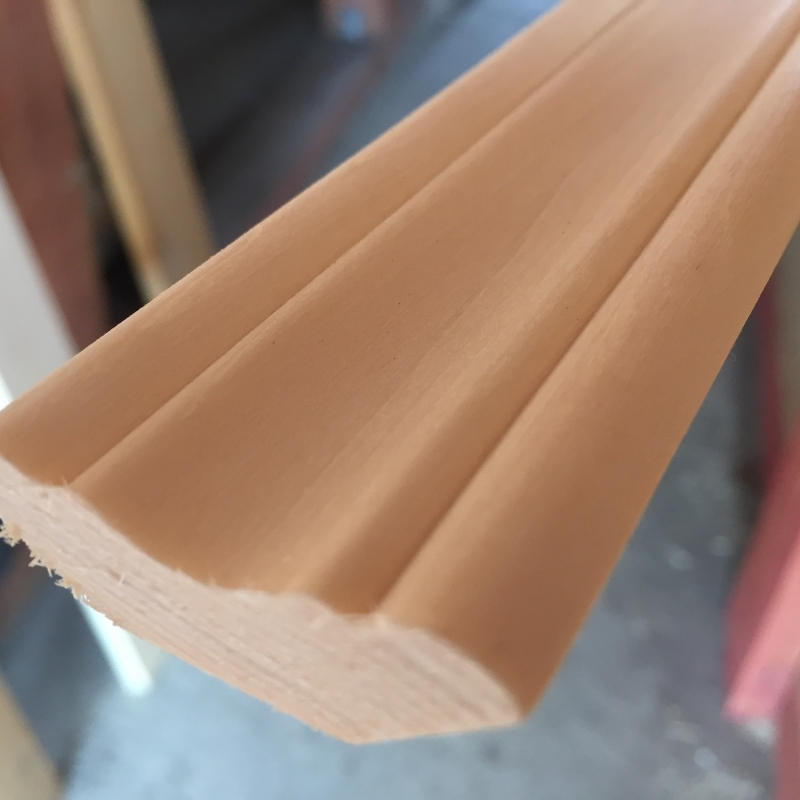 Плинтус липа 40 мм